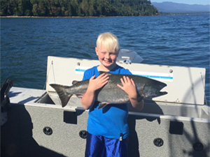 Canada salmon fishing charters in Vancouver Island, BC, family friendly, wheelchair accessible