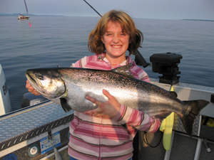 Year round BC salmon fishing, Vancouver Island fishing charters, eco boat tours, BC